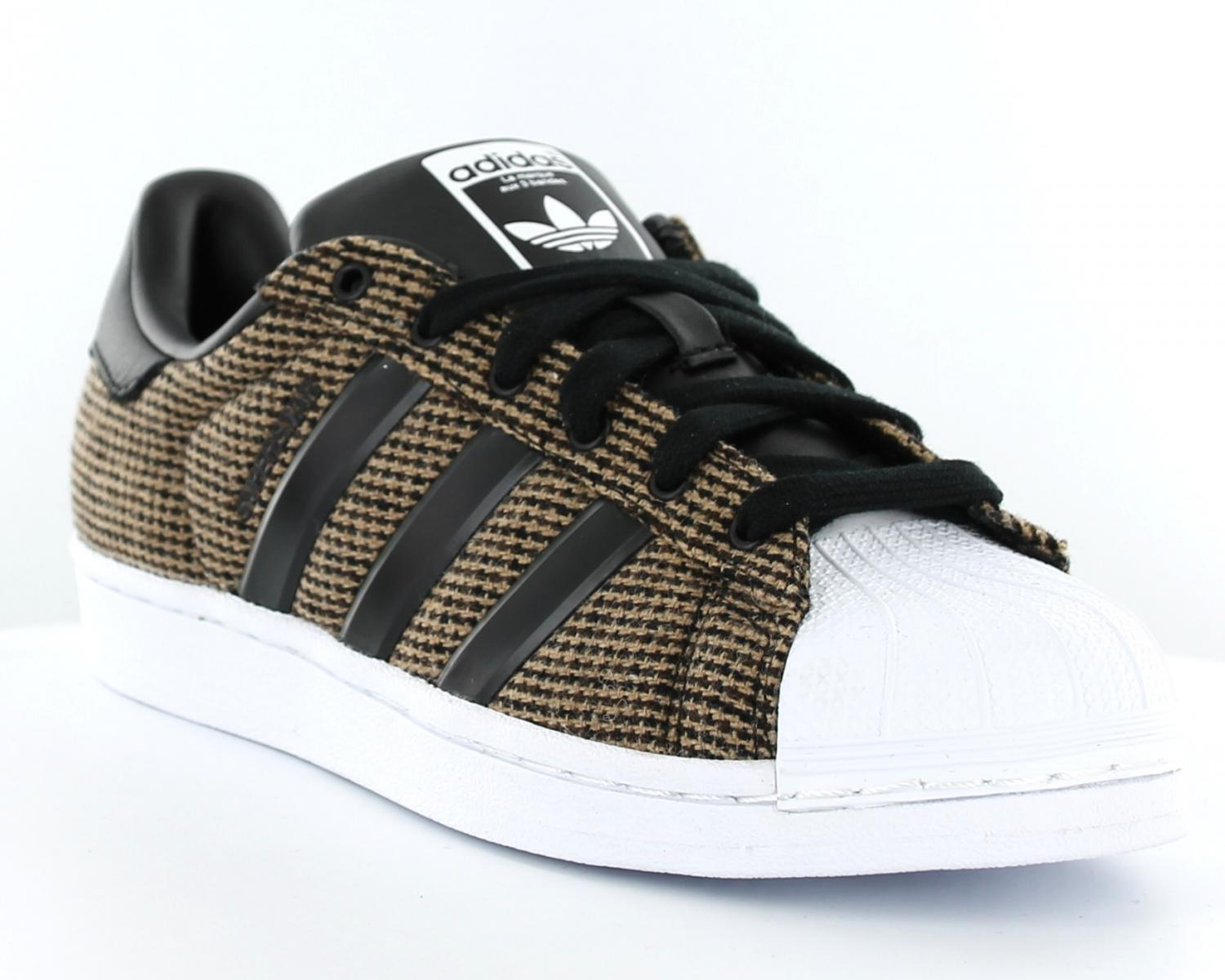 adidas superstar winterized noir
